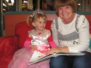 Princess Beatrix enjoyed Storytime with her mum Tabitha