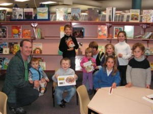 July National Year of Reading Amazing Paper Chain Winners
