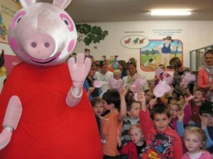 Peppa Pig meets fans at Forbes Library