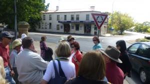 Historic Pub Walking Tour of Orange
