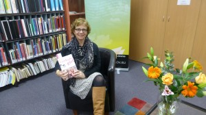 Blayney born author Jennifer Smart launches her book