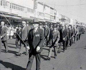 WWI veterans march during the 1967 ANZAC Day Parade in Orange.