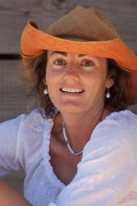 Author Maggie Mackellar