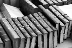 Aix-Black-and-White-Books