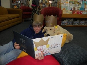 Reading with Pat the dog
