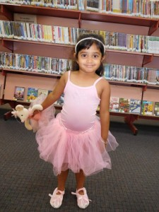 Disha dressed up as Angelina Ballerina